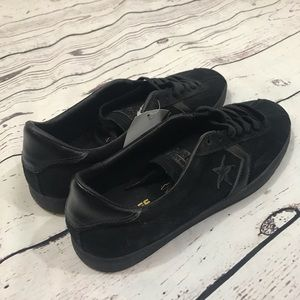 CONVERSE  NWT One Star cons suede black men's 11